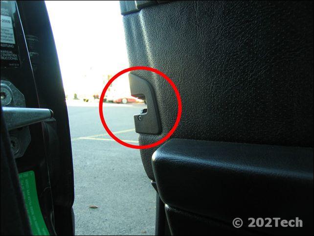 202Tech - Door Panel Removal